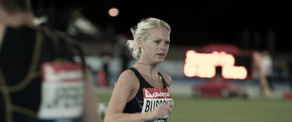Camille Buscomb runs PB